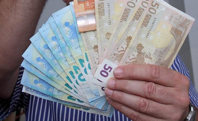 viegla nauda binārām opcijām)
