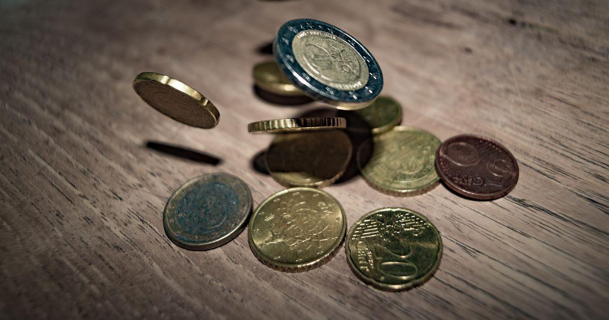 kā jānopelna nauda)