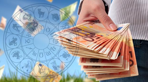 tirgotājs pelna naudu