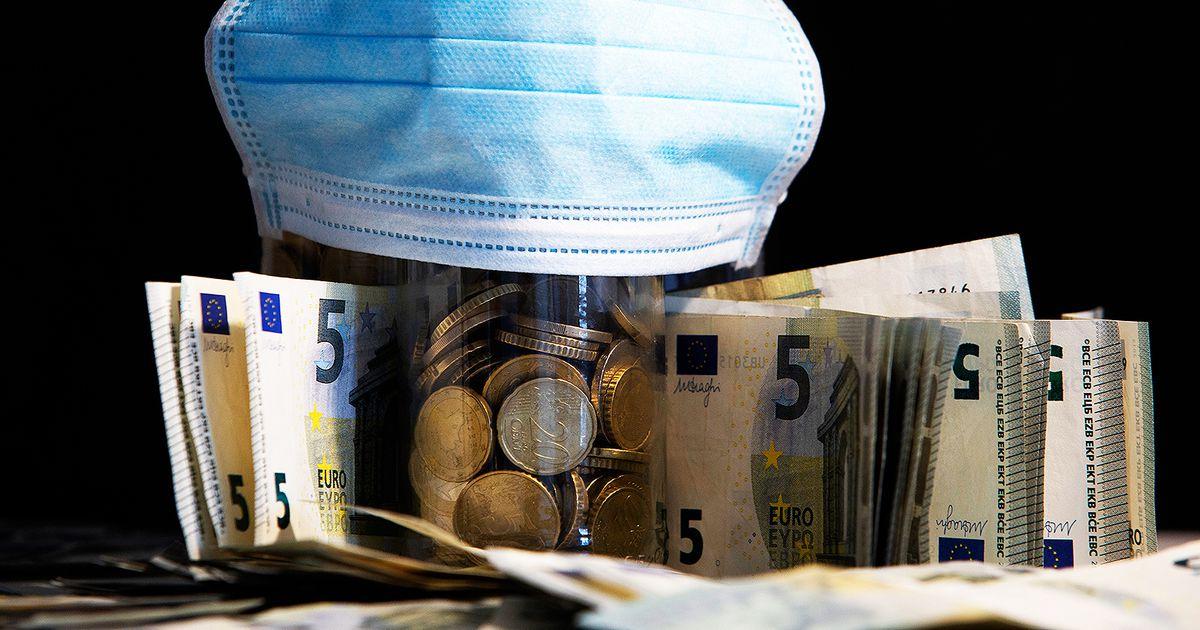 vietnes ar vieglu naudu