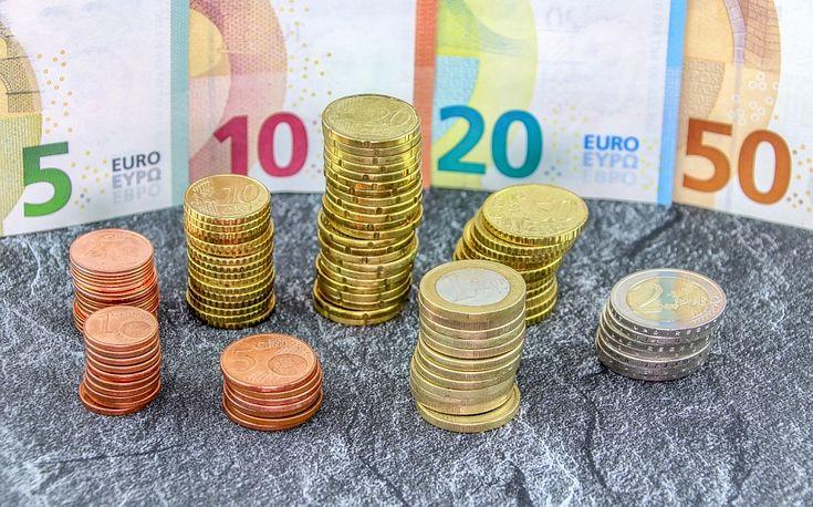 Naudas izmaksa tirdzniecības vietās   SEB banka