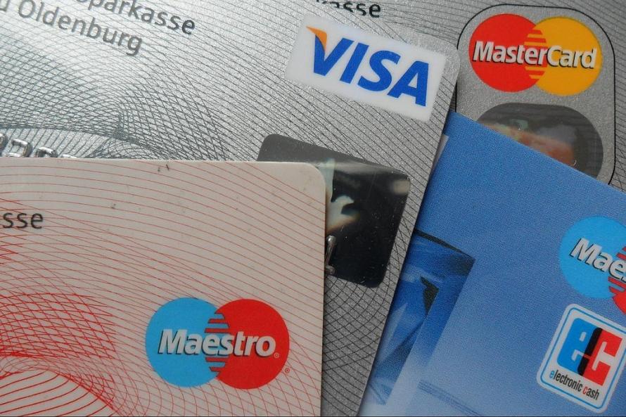 SEB bankas klienti vairs nevarēs bez maksas izņemt naudu no DNB bankomātiem - baltumantojums.lv