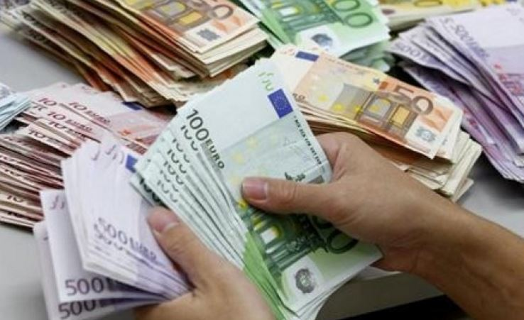 opcijas eiro likme