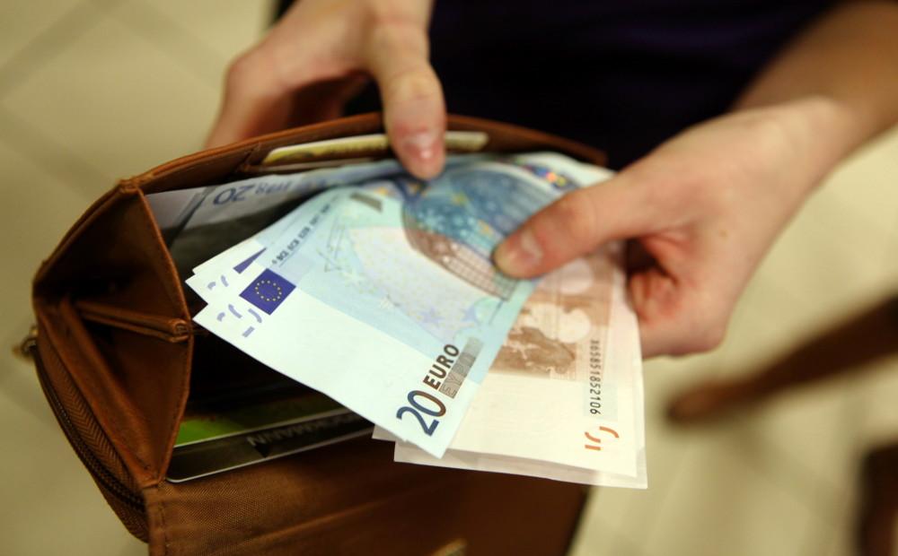 meklēt ātru naudu)