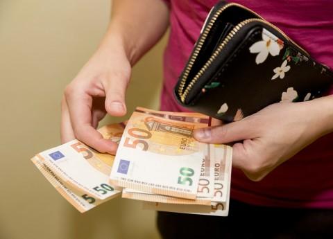kā nopelnīt naudu tiešsaistē, izmantojot tīmekļa naudu tendences līnijas pakāpe