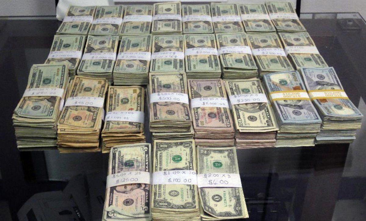 ātri nopelnīt 50 000 dolāru)