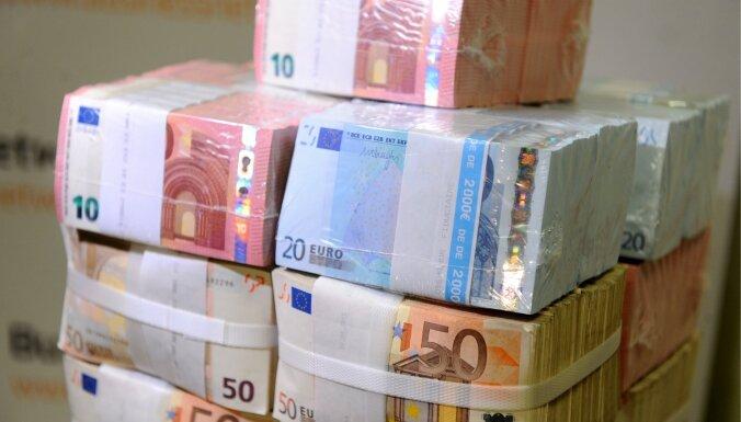 bizness pelna naudu par eiro