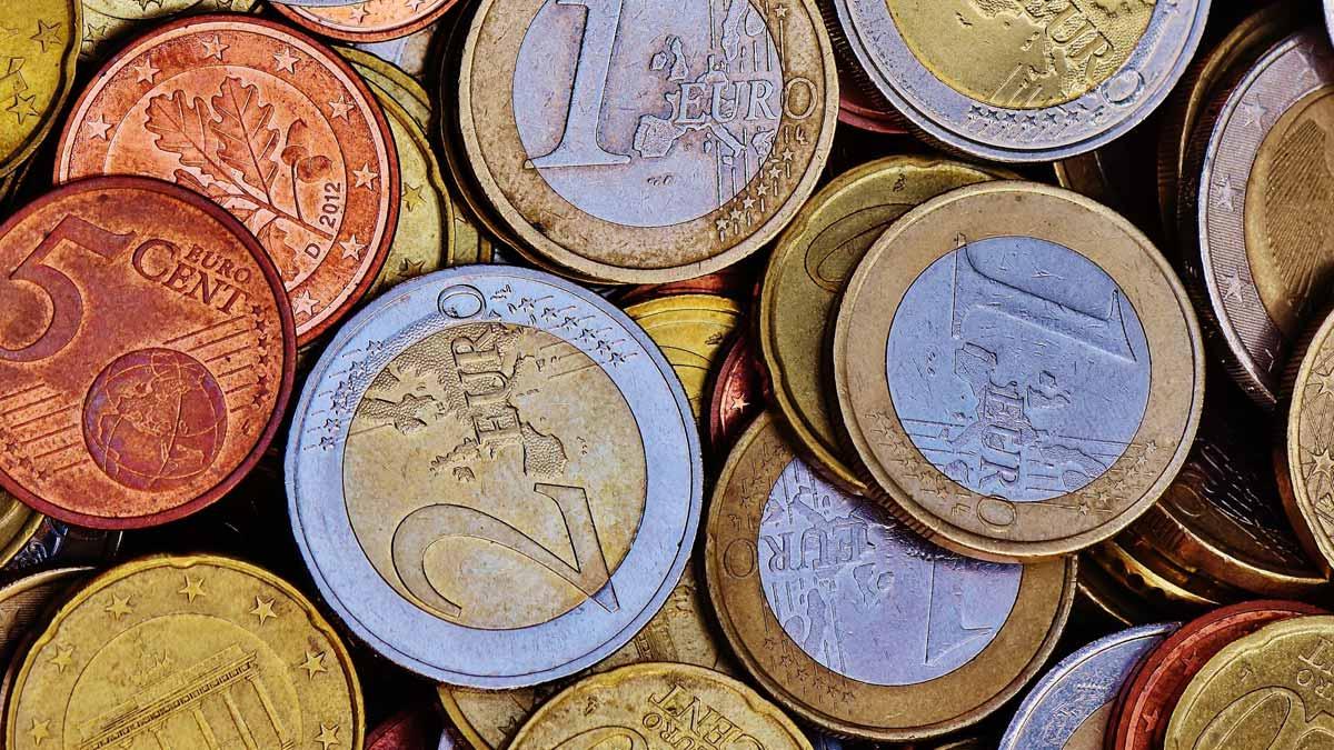 Skaidras naudas izmaksa – arī 160 tirdzniecības vietās