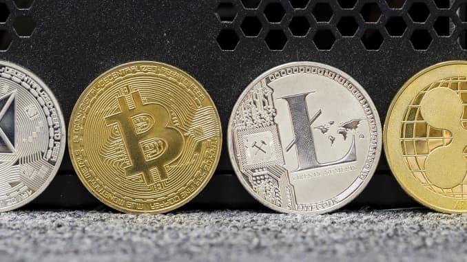 Tirdzniecība Ar Bitkoīnu Vai Ēteriju