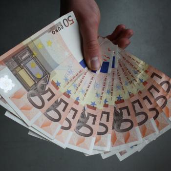 pelnīt naudu par padomiem internetā)