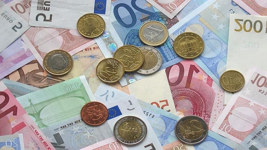 naudas naudas naudas tirdzniecība