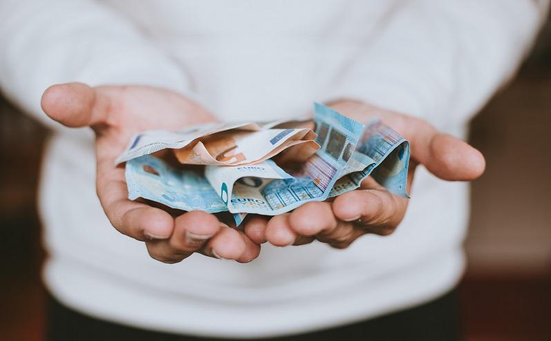atrast papildu ienākumu avotu)