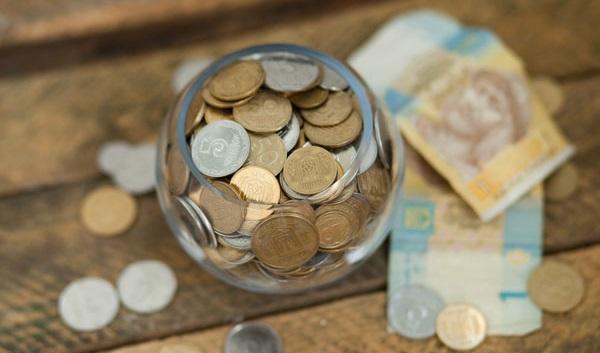 kā nopelnīt naudu ar monētām)