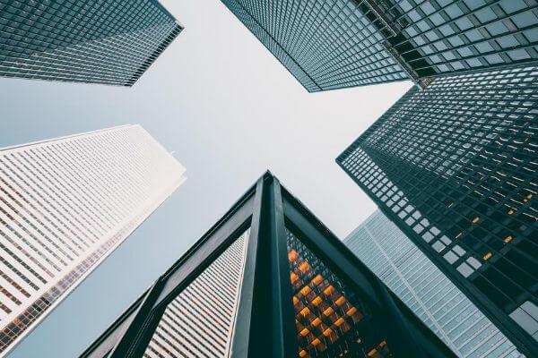 Akciju tirdzniecības tiešsaistes kursi. Akciju tirgus kursi - RoboMarkets