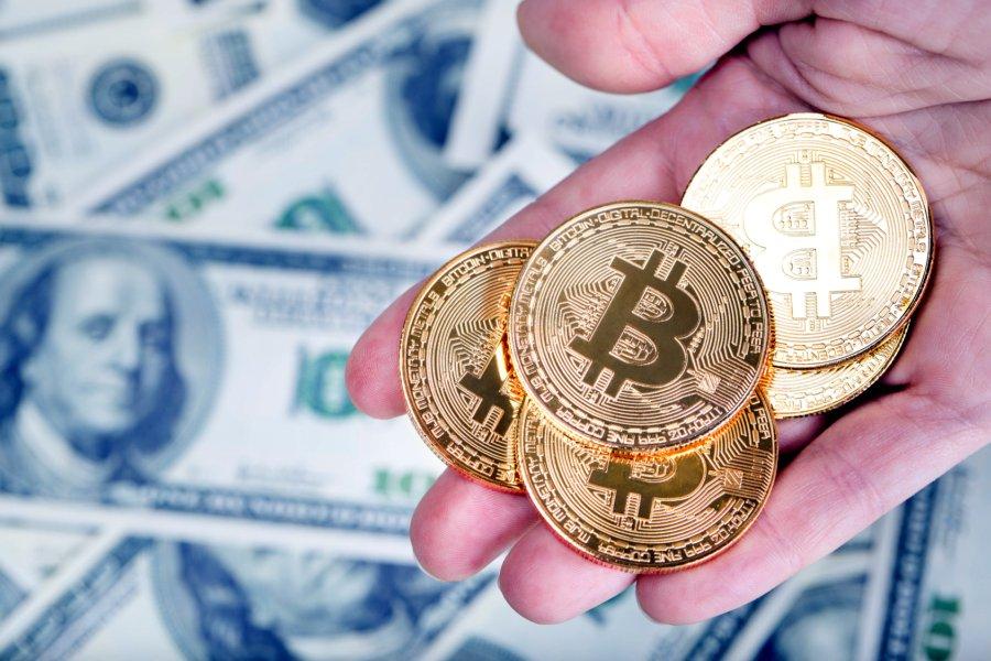 kad parādījās bitcoin